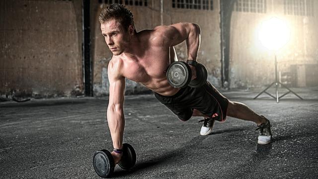 Kolik bílkovin jíst při cvičení?