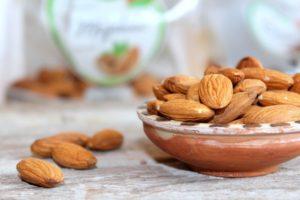 mandle jsou zdrojem zdravých tuků