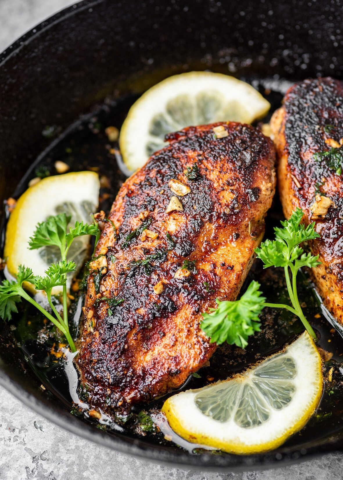 recept kuře na pánvi s česnekem a citrónem